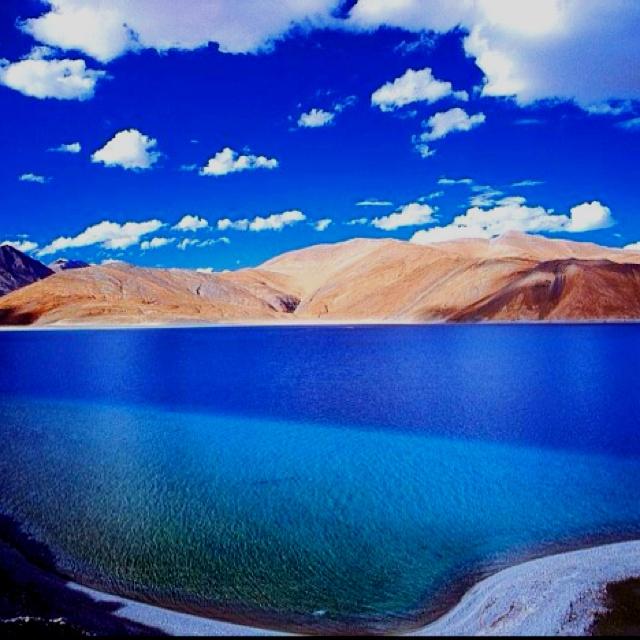 Ladakh pangong lake! Amazing view