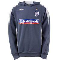 Umbro England Bench Hoodie - Flint/Titanium. England Bench Hoodie - Flint/Titanium. http://www.comparestoreprices.co.uk/football-kit/umbro-england-bench-hoodie--flint-titanium-.asp