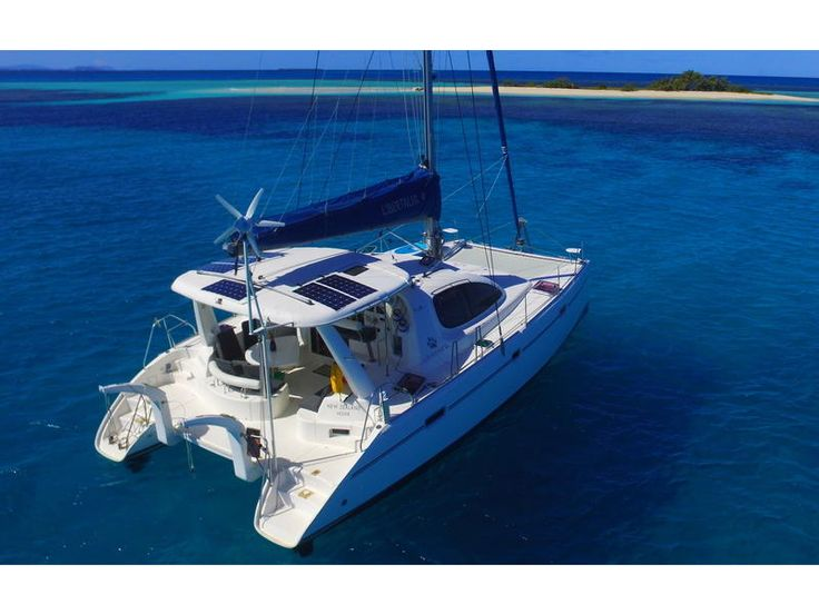 2009 Robertson & Caine Leopard 40 Owners Version located in Outside United States for sale