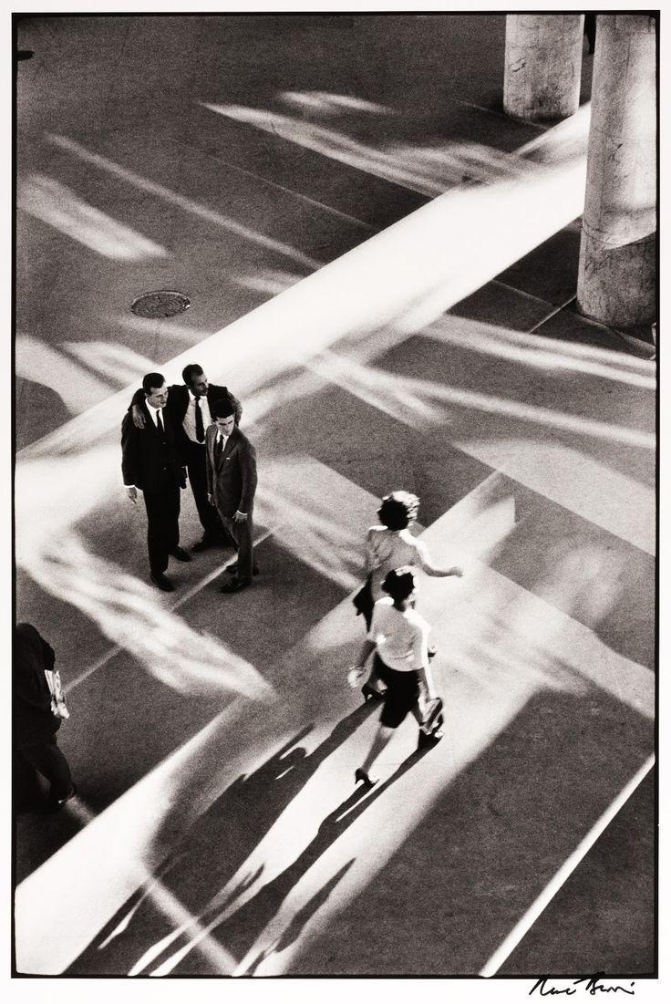 'The way of light', Rio de Janeiro, 1960, by René Burri, from the book René Burri Photographs.