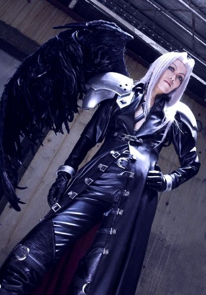 Sephiroth cosplay, the One-Winged Angel -Final Fantasy VII