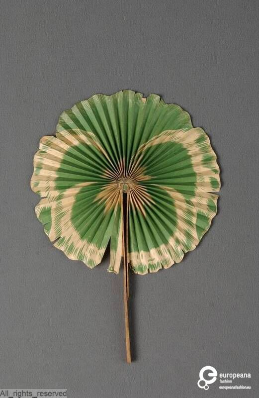 Cockade fan, Chambrelent, 1890-1910.