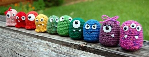 Free Amigurumi Patterns: Beginners Amigurumi - Crochet Monsters