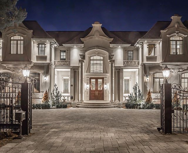 Prestigious Bridle path neighborhood in Toronto. Sold earlier this month by listing agents, Barry Cohen and Peter Torkan.  22000 sq ft of living space, 8 Bedrooms, 13 Bathroom, indoor pool, dance floor and 30 ft grand foyer ceiling. Was Offered at $14,880,000. . . . . Follow us to see Luxury homes in Canada 🇨🇦 and around the world 🌍 . . . . . . #realestate #realestateagent #luxuryrealestate #realestatelife  #realestateinvesting #RealEstateInvestor #RealEstateBroker #realestatemarketing…