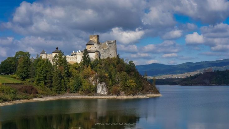Niedzica and Czorstyn Castles in Poland by Mark Benedyczak on 500px