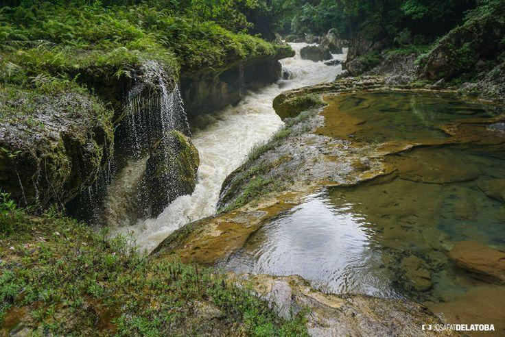 Semuc Champey Guatemala  #josafatdelatoba #cabophotographer #travels #guatemala # #landscapephotography #semucchampey #waterfall
