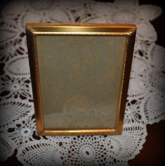 40.68 kr. Vintage Metal Picture Frame. Gold with Velvet by LindsaysFinds