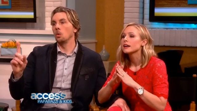 Kristen Bell and Dax Shepard go head to head with paparazzi in video debate!