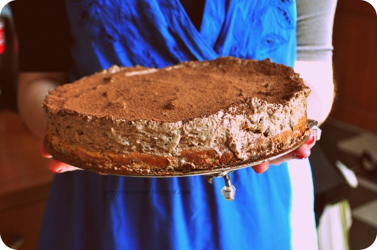 Trójwarstwowy tort czekoladowy. Zainspirowany Kukbukiem.