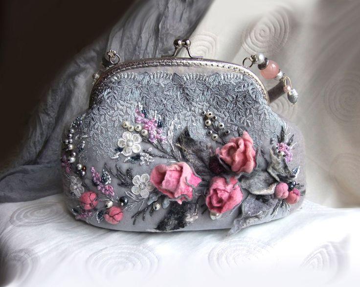 """Арт-сумочка """"Хрупкость розы"""""""