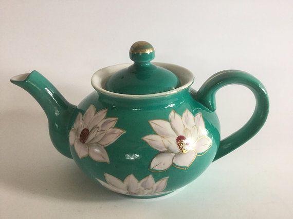 Vintage Lotus Teapot, Vintage Made in Japan , Japanese