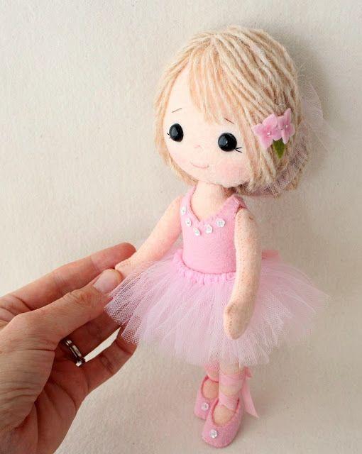 Gingermelon Dolls: Mi fieltro Doll libro disponible para pre-orden !!