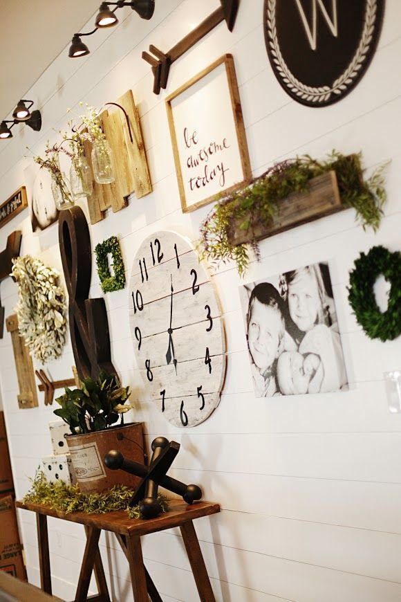 Eclectic Farmhouse Gallery Wall | 5 Simple Gallery Wall Ideas