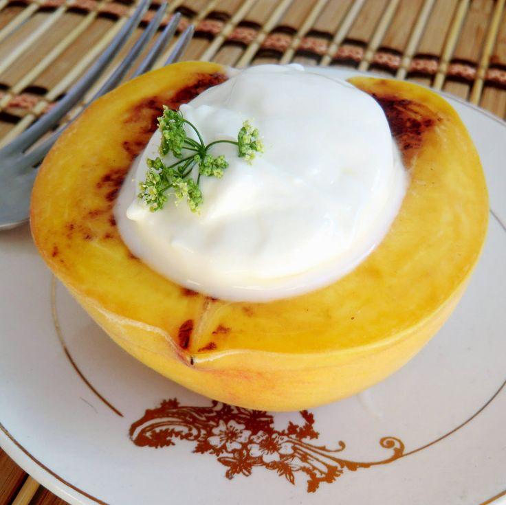 Siba-Rita: Melocotón a la plancha con yogur / Pan roasted peach with yogurt