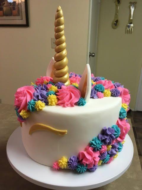 Side view of Unicorn cake