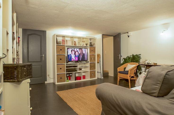 Maison rénovée environ 200 m2, terrain de + de 1000 m2, design avec piscine et 5 chambres Le Spot Immobilier, tout pour votre bien !