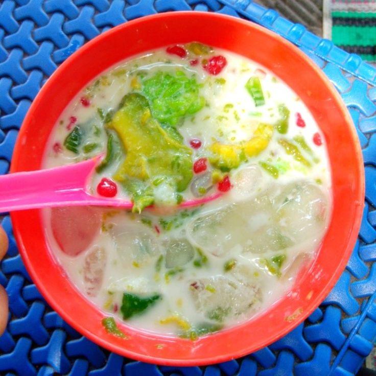Es Oyen Serupa Es Teler Dengan Rasa Durian Banyak Label Es Oyen Namun Ini Yang Patut Dicoba Samping Stadion Situbondo Makanan Dan Minuman Makanan Resep