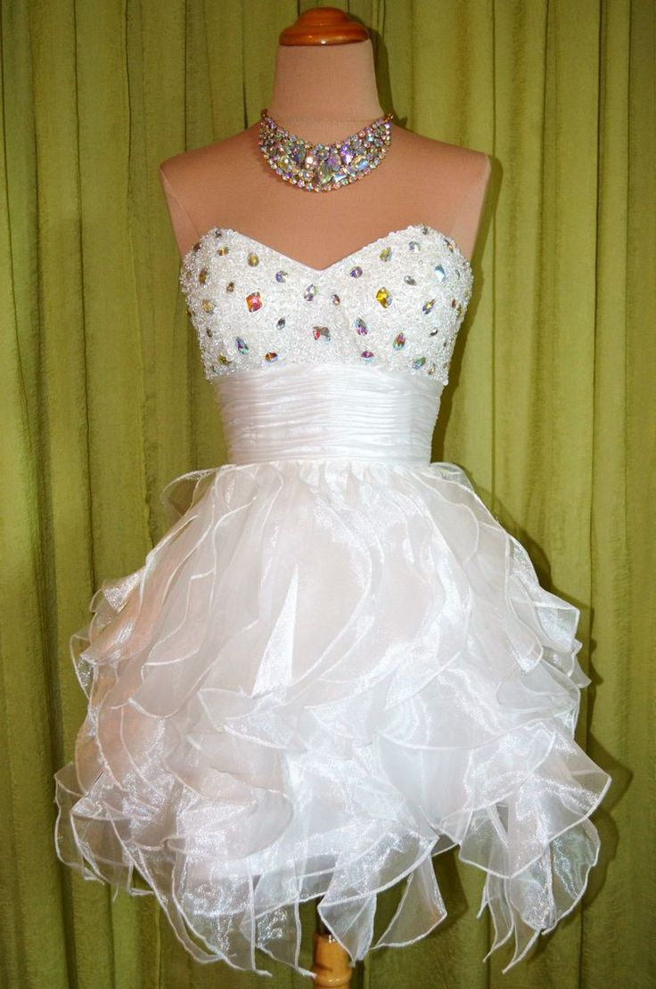 1000 images about cute dresses on pinterest ariana for Puffy wedding dresses with diamonds