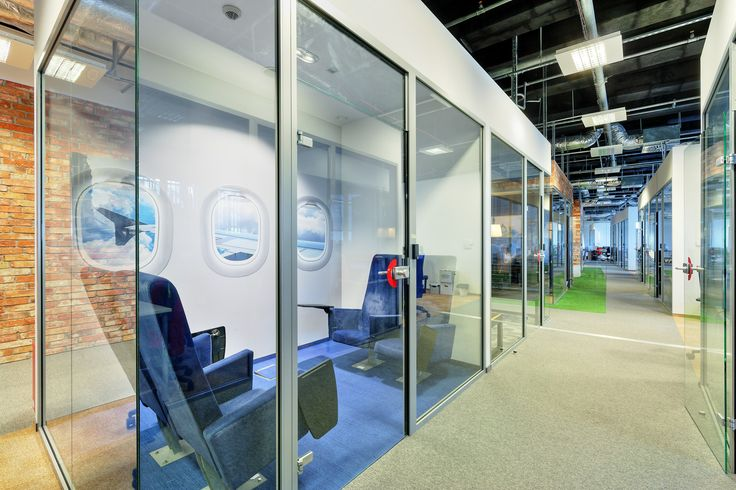 Dream office, plane conference room, pikstudio, meeting room