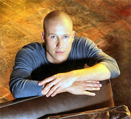 Michael Rosenbaum as Lex Luthor. <3 One of the reasons I stuck with Smallville as long as I did :) :) fantastic actor
