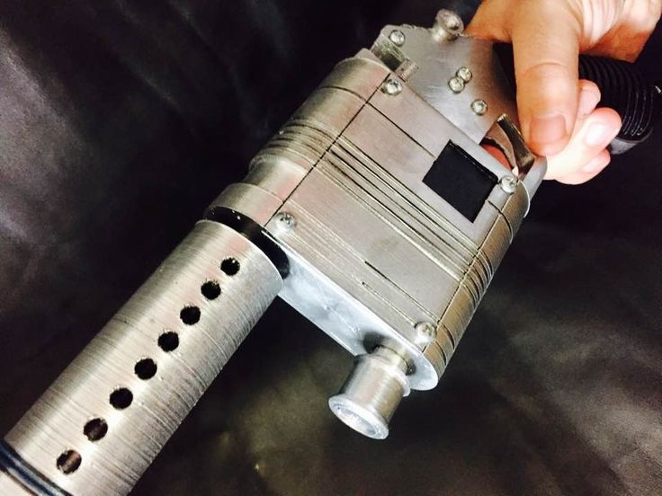 Hello. This is a Rey's NN-14 blaster which was inspired by Star Wars ep. 7 movie. Fan made product.  It is 3d printed of PLA plastic, which is friendly to human, painted with acrylic paint and varnished.    Great thing for all cosplayers and Star Wars fans.  Dimensions are:  Length - 37 cm  Height - 14 cm  Width - 4 cm    If you have any questions - please, ask.    Thank you and follow us on Instagram :    #starwars #Rey'sblaster #nn-14 #blaster #theforceawakens #episode7 #starwars7 | Shop…
