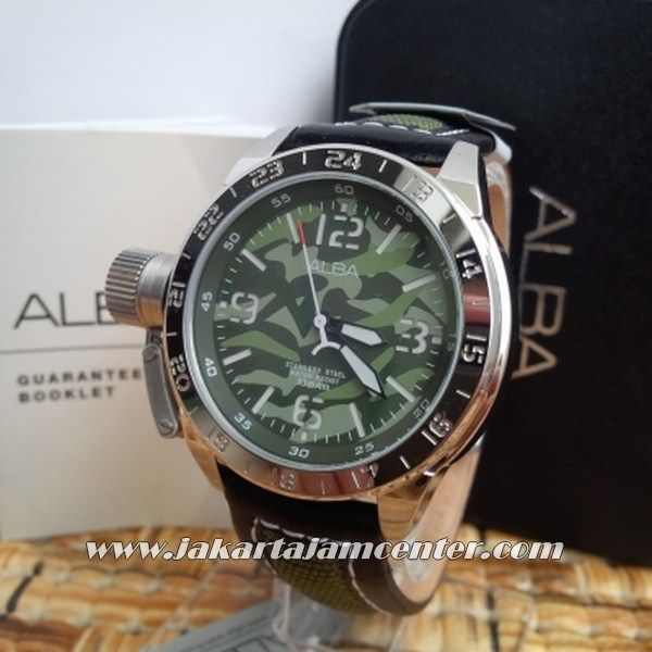 AXHK 41 Alba  Code Name : Alba AXHK 41 Grade : Original Engine : Battery Japan Movement Colour : ABRI Diameter :  4,5 cm No Water Resistant ( No warranty) Glasses Crystal Original Box  PIN BB2174DB71