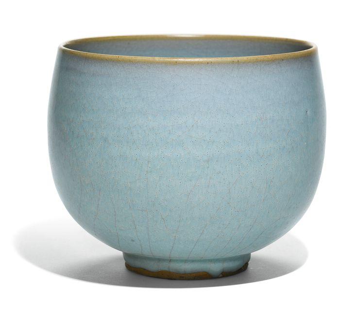 A LARGE 'JUN' BOWL<br>JIN/YUAN DYNASTY | Lot | Sotheby's