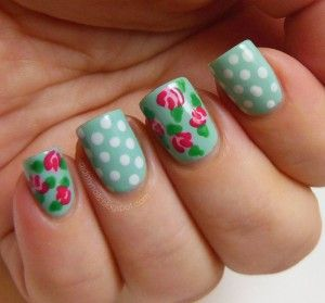 mooie vintage nagels met rozen