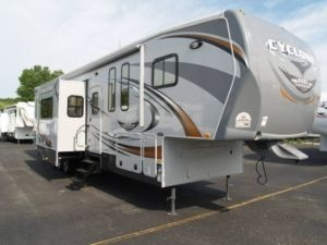 234 Best Trailers Images On Pinterest Camper Trailers