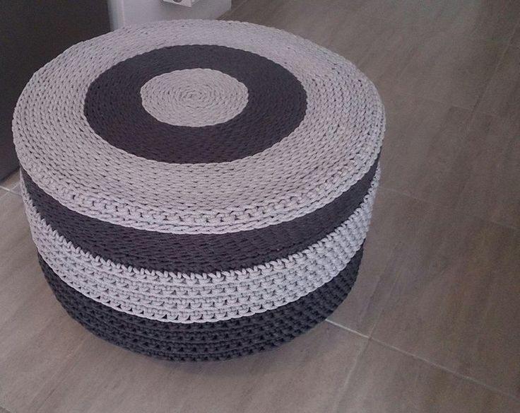 Szydełkowy puf & stolik na kółkach w Motilove na DaWanda.com