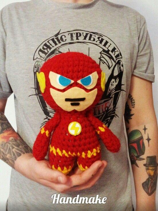 Flash action figure #handmake #handmade #crochet #instacrochet #flash #dc #dccomics #DCUniverse #JusticeLeague #etsy #amigurumi #toy #actionfigure #игрушка #амигуруми #коллекционнаяфигурка #флеш #диси #ручнаяработа
