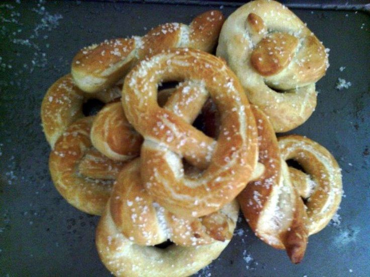 "8 Soft Giant Pretzels (easy)! ""Twice I've used this recipe and twice I've LOVED it ! ~ <3<3<3""  @allthecooks #recipe #pretzels #bread #snacks #easy #hot"