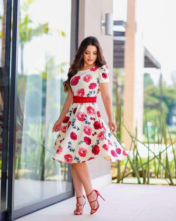 7cc8f8fe3c Vestido Midi Rosas Manguinha Princesa - Moda Evangélica - Flor de Amêndoa