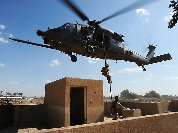 soldiers aircrafts army military helicopters blackhawk vehicles 3801x2832 wallpaper_wallpaperswa.com_40.jpg (600×447)