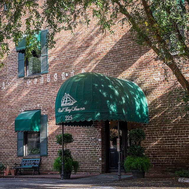 We're looking forward to a beautiful weekend at East Bay Inn.  The weather's great here!  ----www.eastbayinn.com  #eastbayinn #savannah