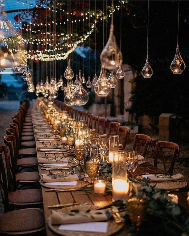 """Mariage.com on Instagram: """"Ces jolies lumières et ces touches de doré… On …"""