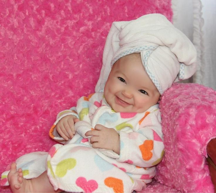 Spa Day baby photo! Haha could do a photo like this with mommy on it as well