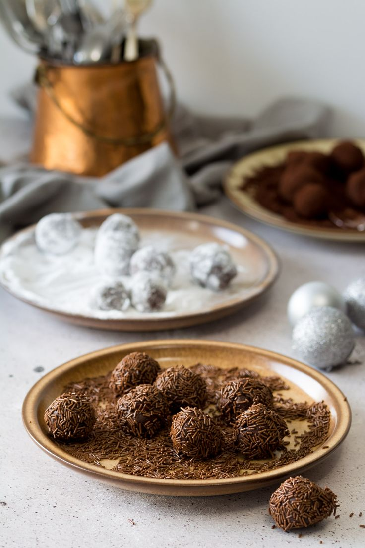 Give a homemade gift this Christmas. These Black Forest Style Chocolate Ganache truffles are SO easy to make and they are absolutely delicious. Click through for the Video Tutorial and Easy Recipe!