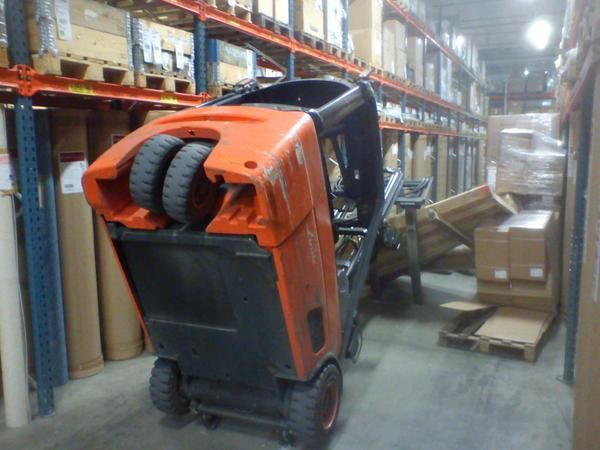 Another lesson in physics and the forklift safety triangle.