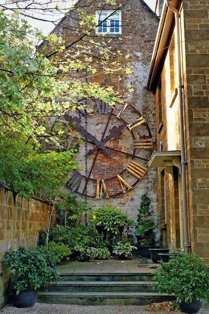 Jardin anglais Patio – Horloge en vedette Jardins anglais Design & Landscaping  …