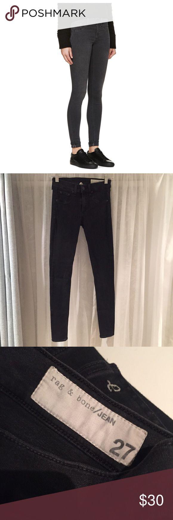 Rag & Bone Charcoal Legging Super stretchy charcoal colored rag & bone legging Jean. Definitely worn! It's a little stretched out next to the zip from wearing and washing. Besides that, they still look pretty good! Size 27. rag & bone Jeans Skinny
