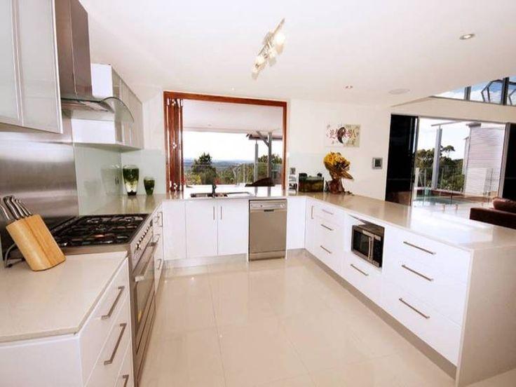 Modern open plan kitchen design using stainless steel - Kitchen Photo 473400