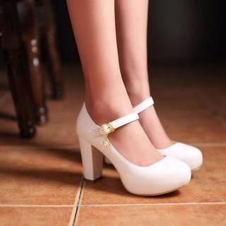 Buy Shoes Galore Mary Jane Platform Pumps at YesStyle.co.uk! Quality products at remarkable prices. FREE SHIPPING to the United Kingdom on orders over £ 25.