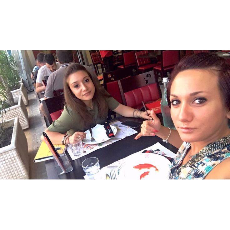 La sorellanza. #insieme#finalmente#eradatantotempo#ioete#cucciola#cresciuta#alessandra#aliù#splendipiccolamia#splendidellatuameravigliosaluce#lasorellanza#sorella#sorelle#sister#sisters#love#purelove#picoftheday#solocosebelle#tuttomoltobello#saddasapefa#io#me#francesqa#francesca http://misstagram.com/ipost/1542313146843621669/?code=BVnZaKyB2kl