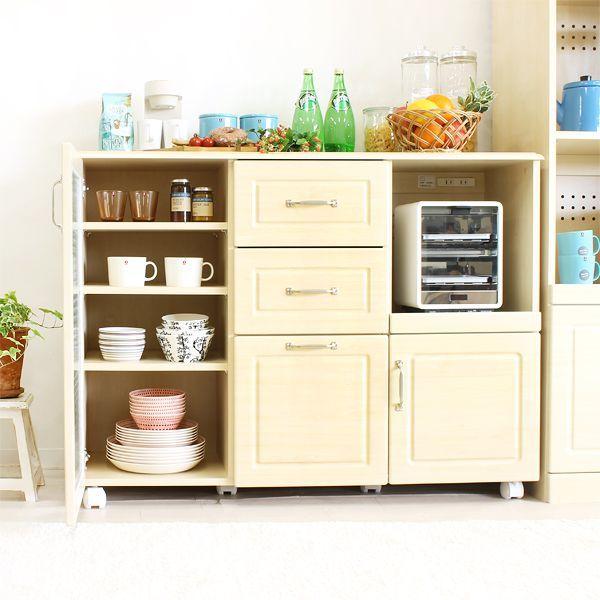 木目調のカラーにクロスガラスの組合せが可愛らしいキッチン収納「Pure」シリーズから、ワイドタイプで収納力があるキッチンカウンターの登場です!