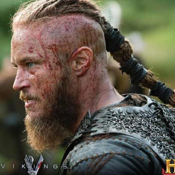 TVs, Ragnar lothbrok and Ragnar lothbrok vikings on Pinterest