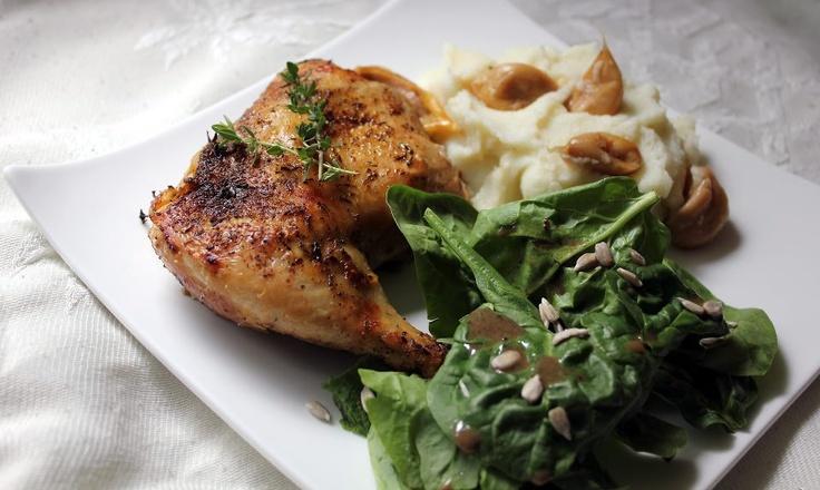 Chicken with 40 Cloves of Garlic (slow cooker recipe)  @Stuff Magazine I Make My Husband