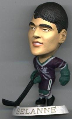 RARE 1997 CORINTHIAN NHL HEADLINERS FIGURE TEEMU SELANNE ANAHEIM DUCKS MINT