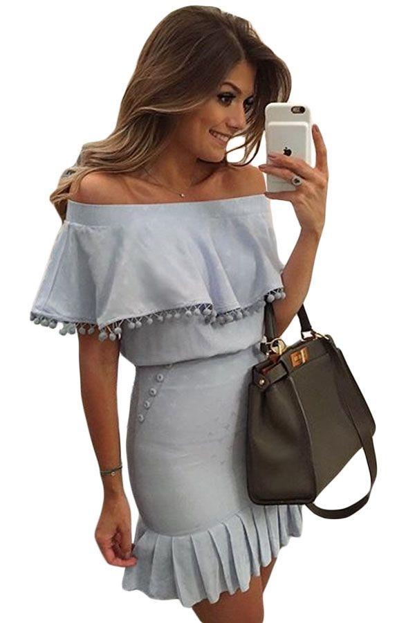 Sukienka błękitna odkryte ramiona mini falbanka pomponiki