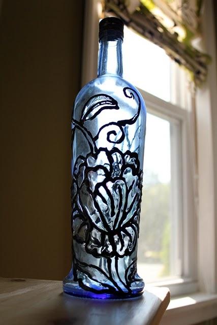 Stain glass bottleBottle Crafts, Crafts Ideas, Painting Design, Glasses Style, Wine Bottle, Glasses Bottle, Lead Glasses, Style Bottle, Stained Glasses